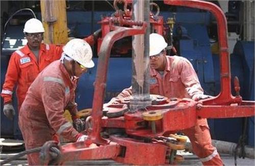 دانلود تحقیق انواع تکمیل و مشبک کاری چاه های نفت و گاز